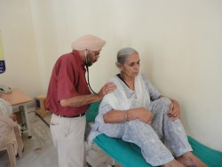 medical-camp-gurmat-parsar-11